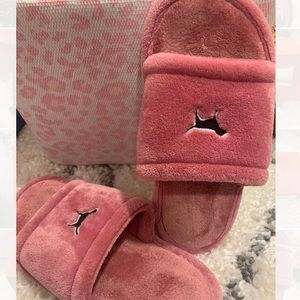Victoria's Secret PINK Slippers
